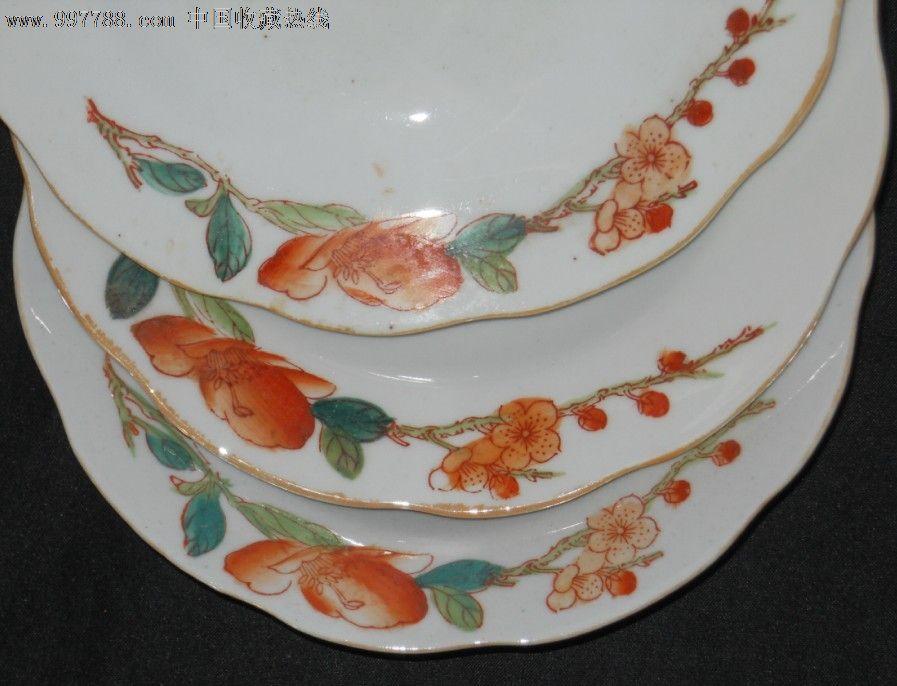 文革红色梅花手绘瓷盘6个;景德镇款稀少