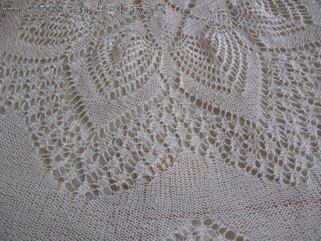 70年代手工钩针编织的桌布
