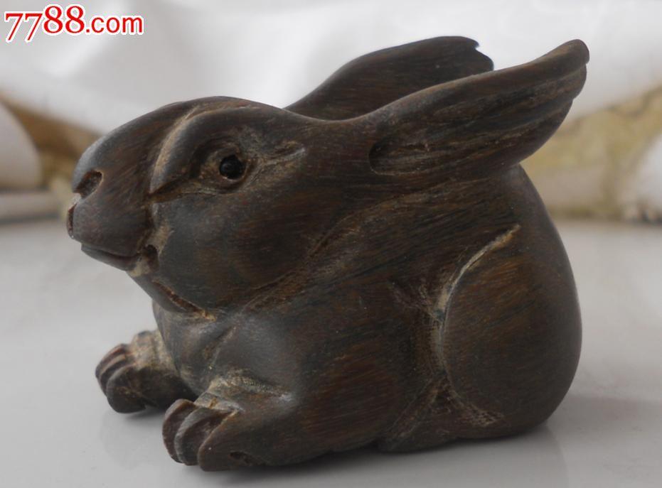 檀香木雕可爱兔子一只