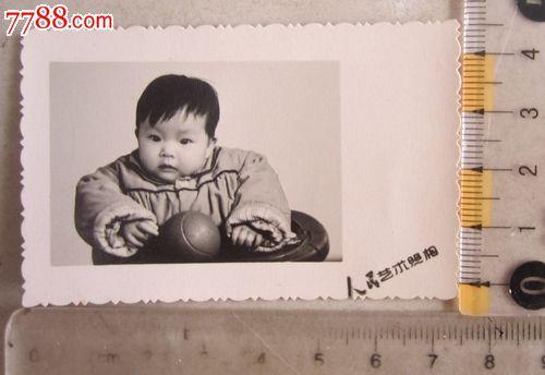 可爱的宝宝(老照片)_议价_第1张_7788收藏__中国收藏热线
