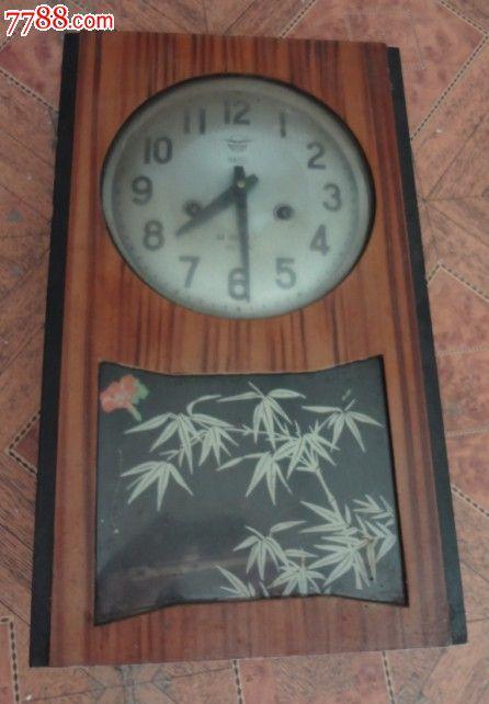 特价处理钟表座钟一个威海钟表厂包老怀旧收藏七十年代左右的物品