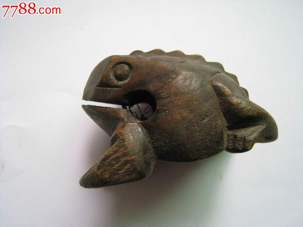 木雕蟾蜍摆件