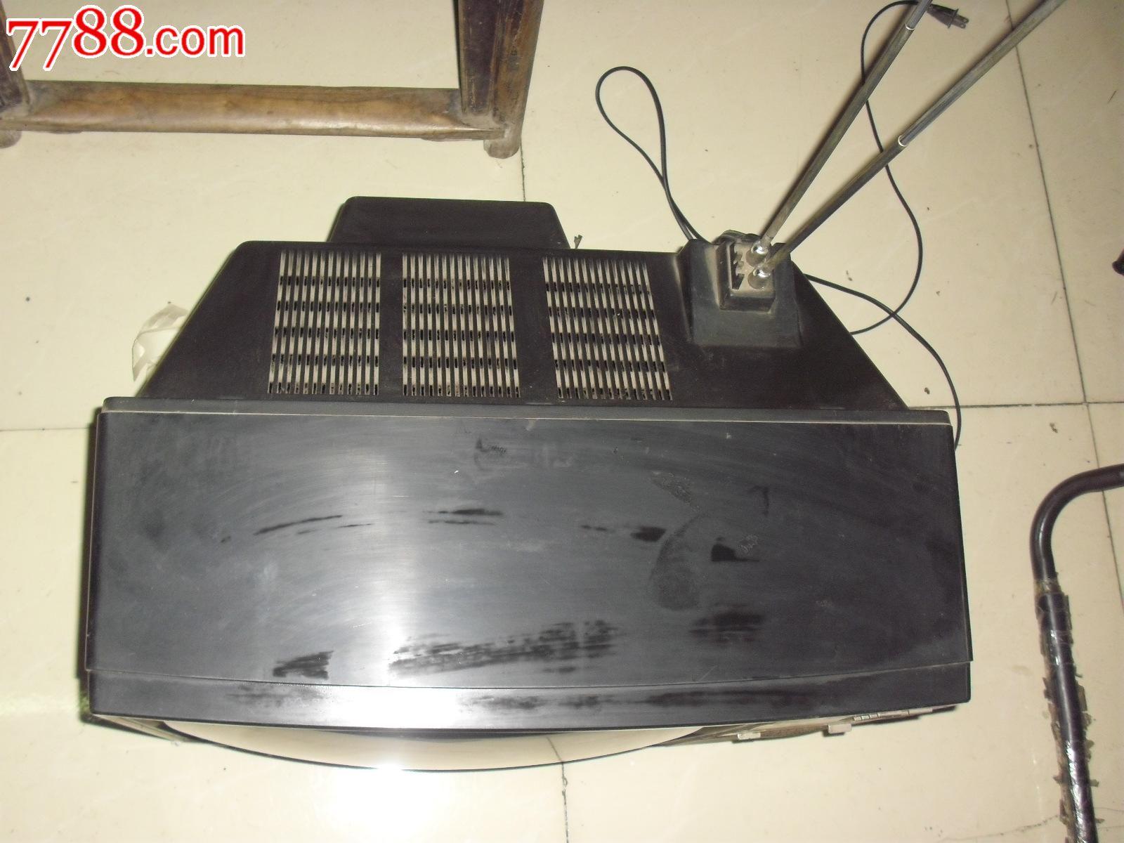 带电路图的青岛最早的彩色电视机