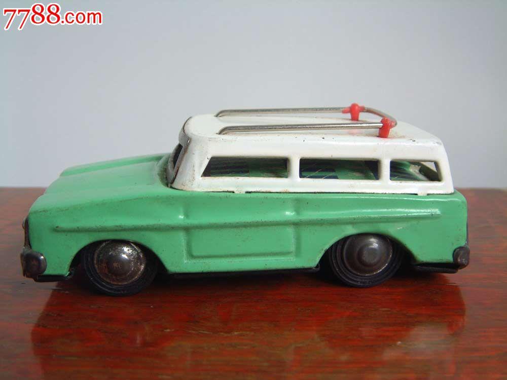 铁皮玩具小汽车