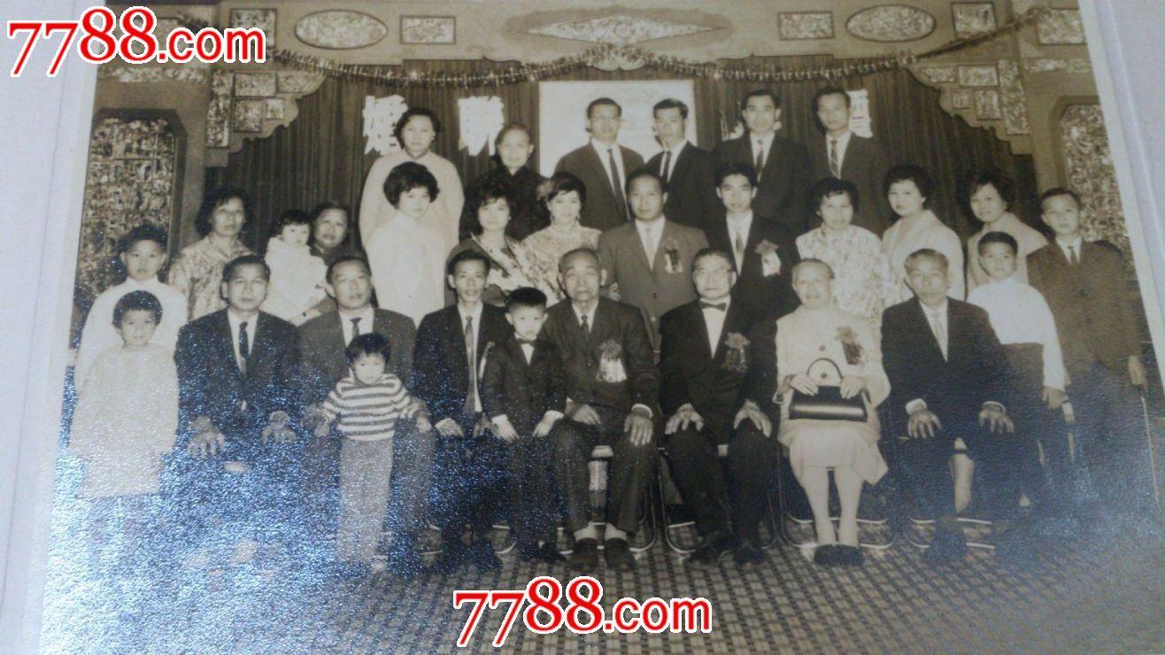 人物家庭照图片