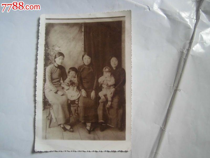 民国照片,三妇女二小孩,老照片,小型合影照,民国,黑白,6.