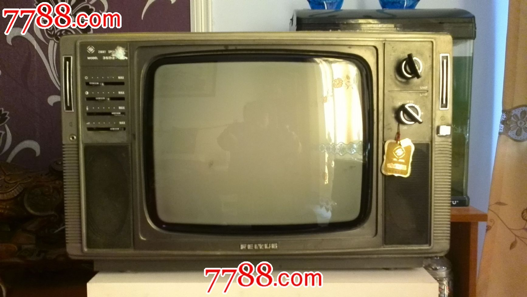 飞跃牌35d2-7黑白电视机