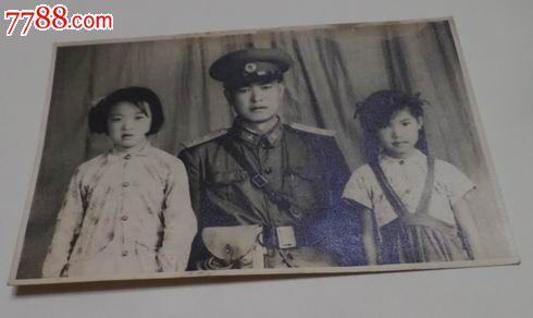 军人家庭照图片