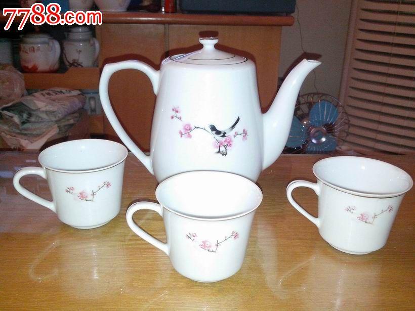 文革景德镇手绘喜鹊登梅双面图案茶具——一壶三杯