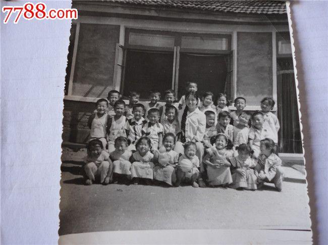 幼儿园成长记录册背景目录表