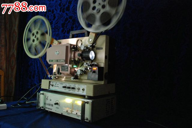 16毫米胶片老电影放映机一台图片