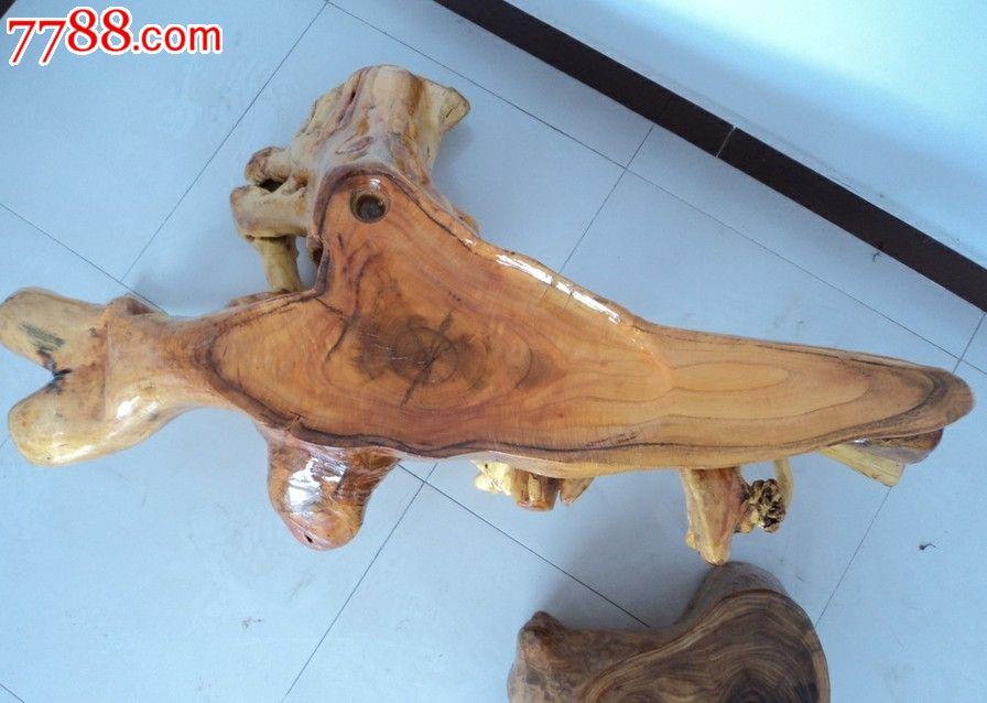 北方香椿木根雕茶台