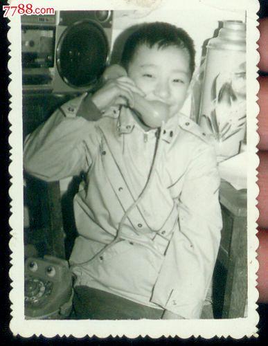 老照片(e383)------小孩留念