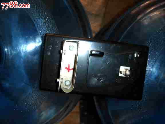 老矿灯充电器卡头接口