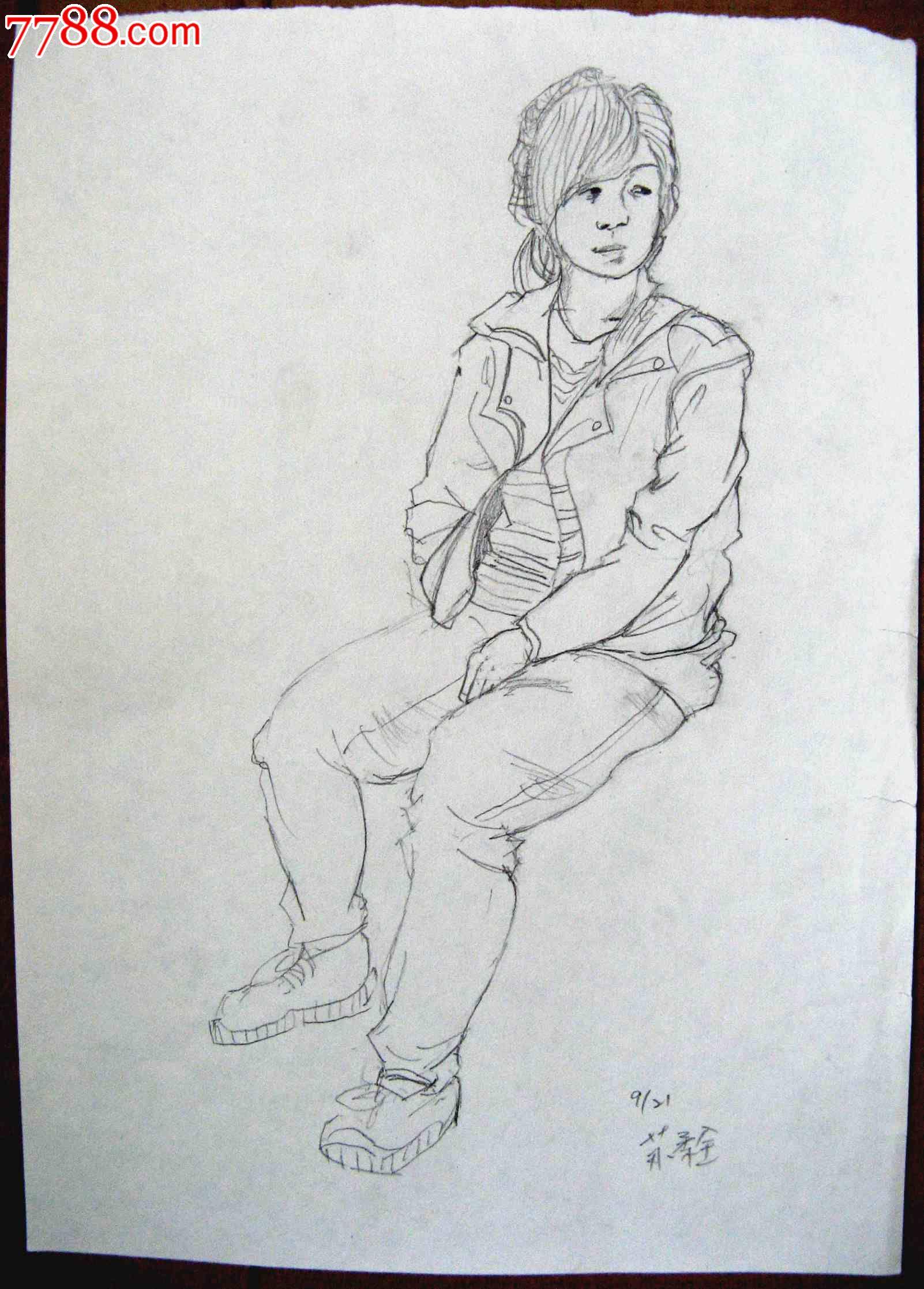 素描人物画2幅:女生