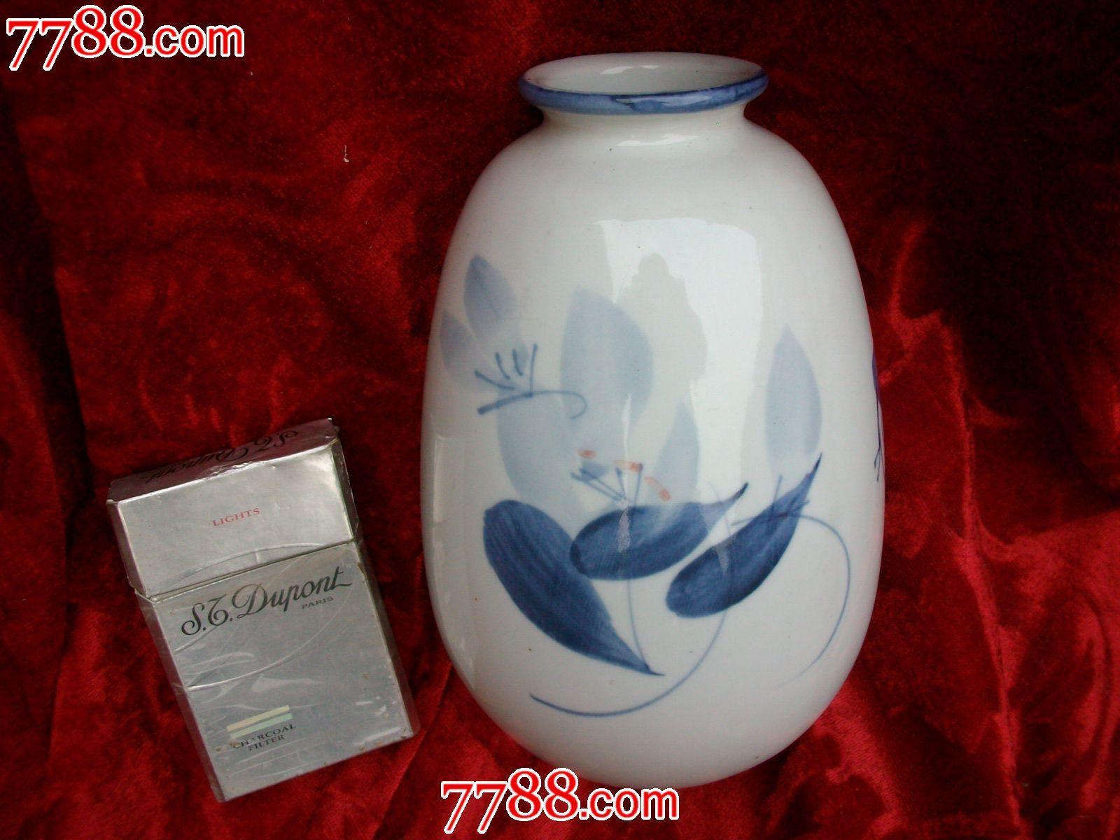 景德镇手绘青花瓷瓶