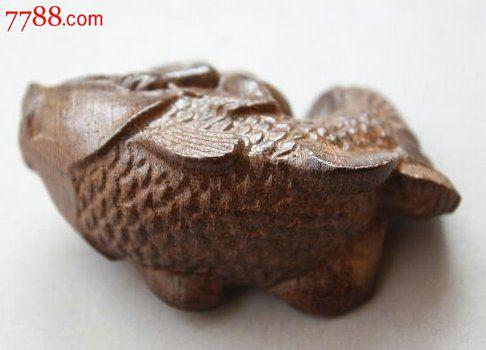 天然越南沉香雕木雕刻摆件青蛙骑鱼