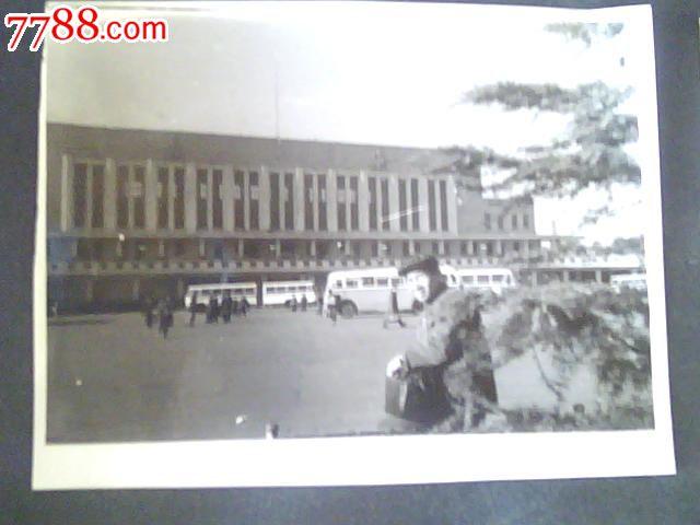 乌鲁木齐老火车站留影